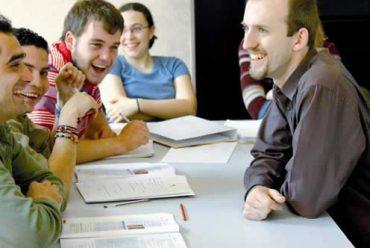 7 cách lồng ghép sự hài hước vào các lớp học ESL
