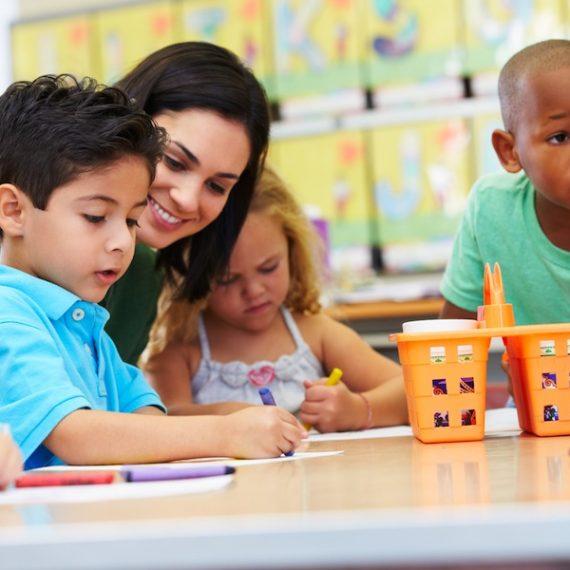 Vượt qua thiên kiến tri nhận – Khắc tinh của giáo dục
