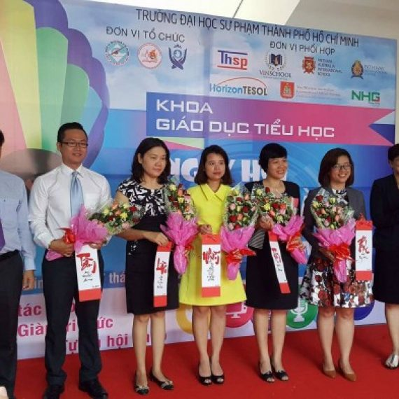 HCMC TESOL ASSOCIATION AND HORIZON TESOL JOIN IN CAREER GUIDANCE ACTIVITIES FOR STUDENTS