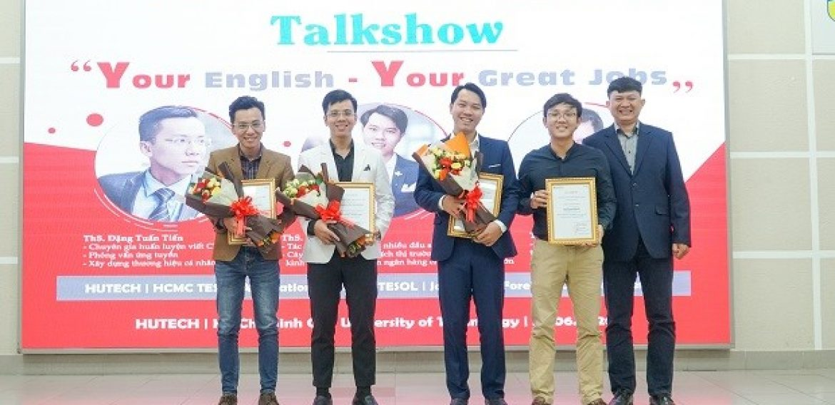 """""""YOUR ENGLISH – YOUR GREAT JOBS"""": NHỮNG NGHỀ TUYỆT VỜI TỪ TIẾNG ANH"""